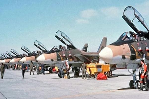 بازخوانی روایت حمله ۱۵۸ فروند هواپیمای نیروی هوایی به پایگاههای عراق!