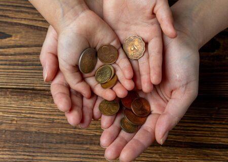 آموزش مشکلات اقتصادی به کودکان