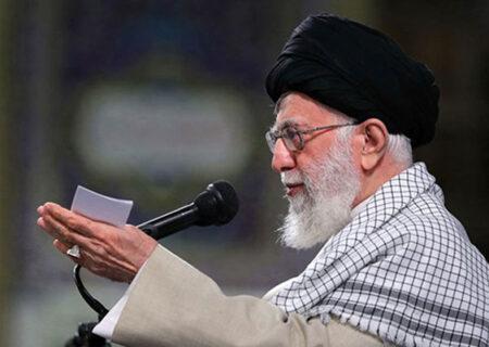 جوانان یا ملت ایران؛ مخاطب اصلی بیانیه گام دوم انقلاب کیست؟