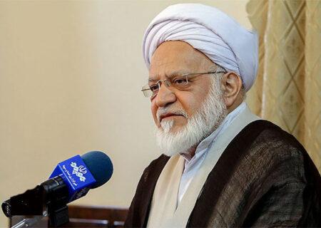 در نظام جمهوری اسلامی نباید بهره مبنای دادوستد در آن باشد/صرف عملیات بانکی بدون ربا، بانکداری را اسلامی نمی کند