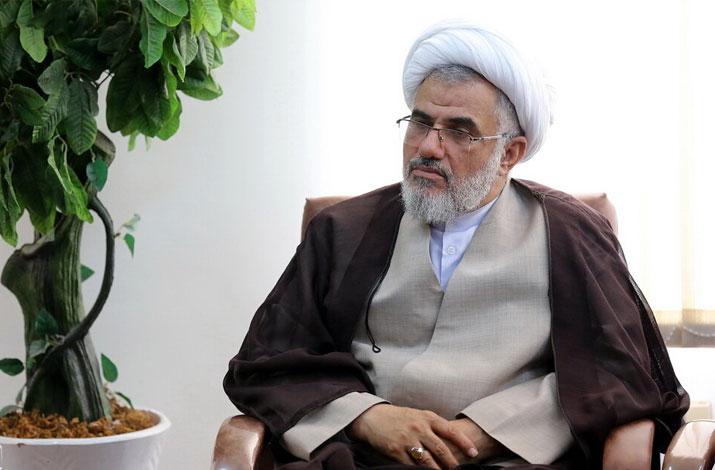 امروز وظیفه حوزه خواهران استان مقابله با نحله های فکری انحرافی است